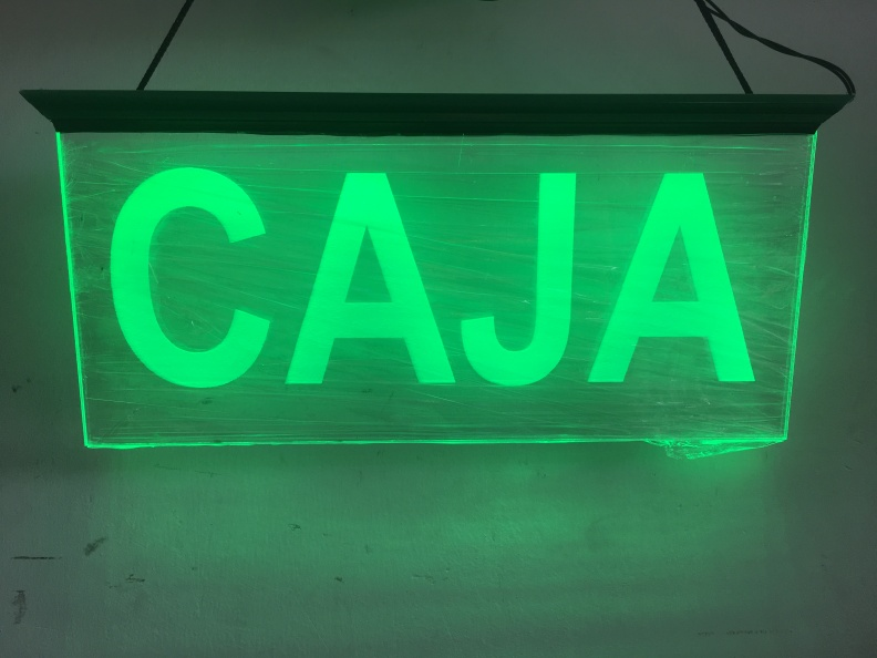 Aviso Acrilico Grabado. Iluminacion en LED. Señalizacion.
