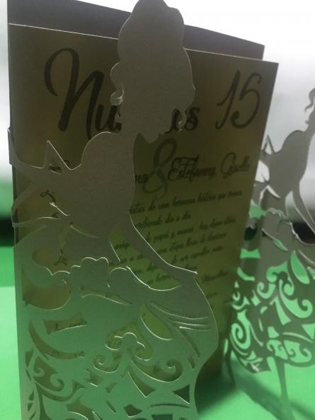 Tarjetas de Cumpleaños – 15 Años – Papel Metalizado, Corte / Grafado
