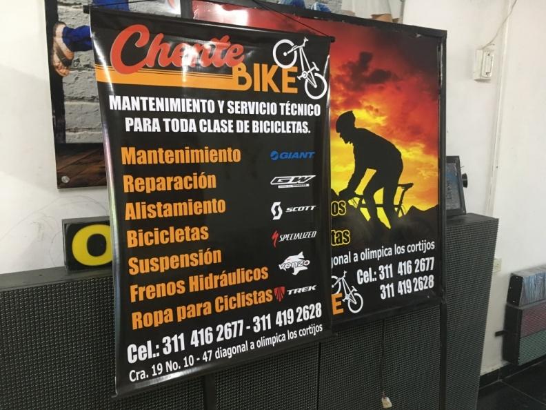 Pendones Publicidad Comercial.