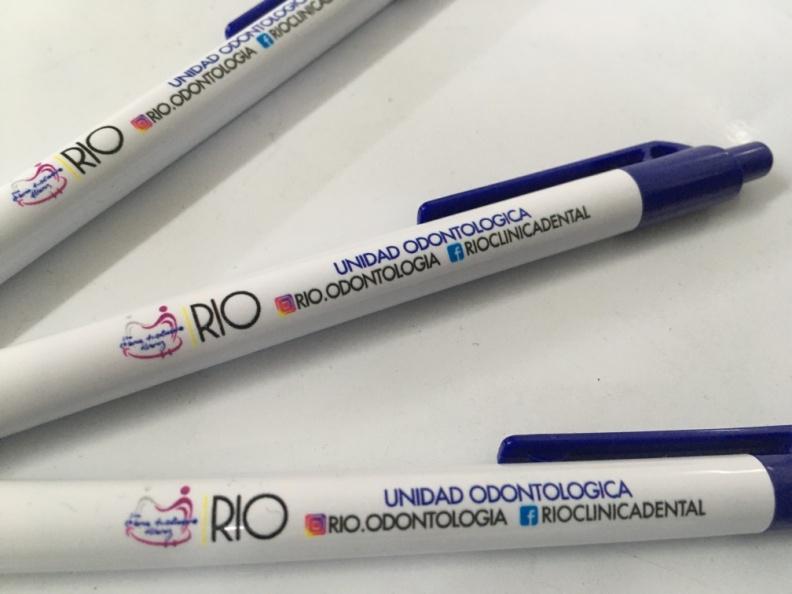 Lapiceros personalizados – Clínica Rio.