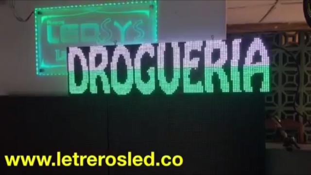 Letrero LED Programable, 128x32cm, USB, Soporta Lluvia y Sol. Diodo Tipo Lampara.